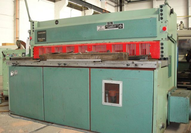 Mechanical Guillotine Shear STROJAREN PIESOK NTE 2000/6,3 1976