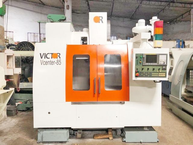 CNC verticaal bewerkingscentrum 0907 VICTOR TAIWAN VCENTRE 85 2007