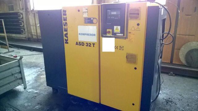 Csavarkompresszor KAESER ASD 32T 2005