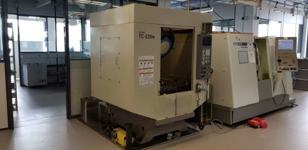 Centre dusinage vertical CNC BROTHER TC 229 N 1998