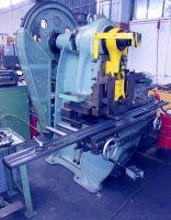 Epäkeskopuristintuotantolinja SCHULER FE  40 / 320