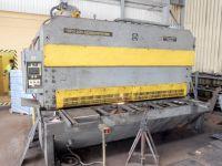 Cisaille guillotine hydraulique NC STROJARNE PIESOK CNTA 3150/25 A