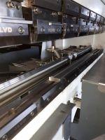 Prensa plegadora hidráulica CNC LVD DYNA 40/15 2017-Foto 3