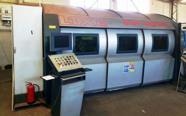 Machine de découpe laser 2D SALVAGNINI L1Xe 2009