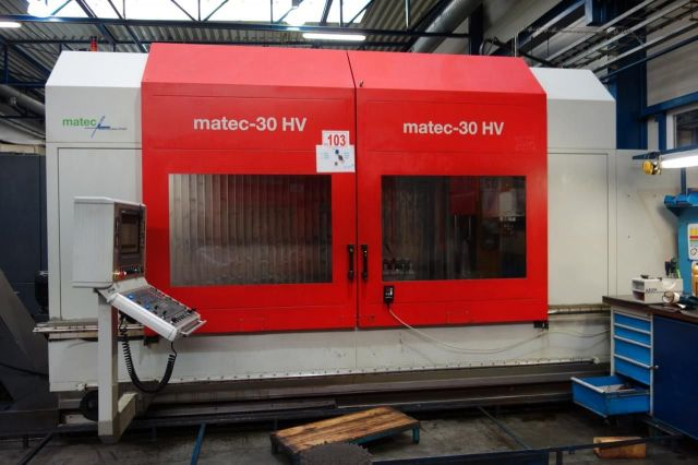 CNC centro de usinagem vertical MATEC 30 HV 2009
