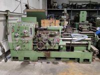 Universal-Drehmaschine GEMINIS GE650S de 1000 en reconstruccion