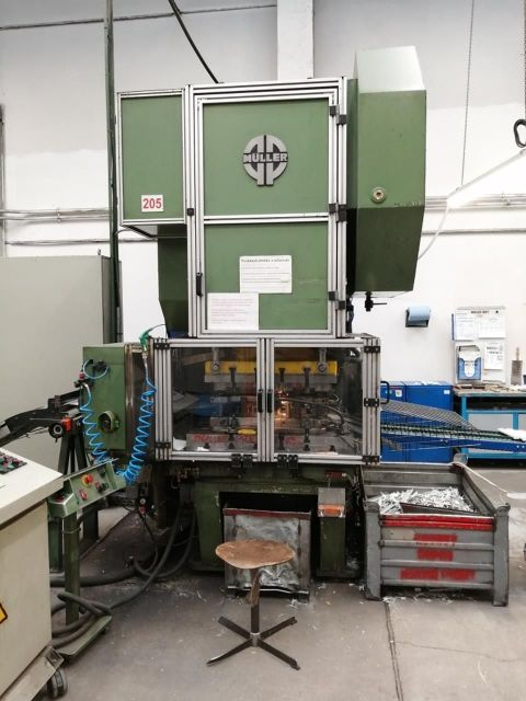 Eccentric Press Müller 160 T 2004