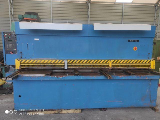 Nożyce gilotynowe hydrauliczne ESPE CNTA 3150/6,3 CNC 1996