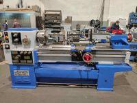 Universal-Drehmaschine JASHONE M260-104Ax1500 reconstruido