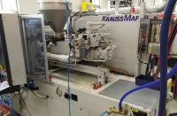 Injecție mase plastice masina de turnare KRAUSS MAFFEI 65-160 C2 2004-Fotografie 2