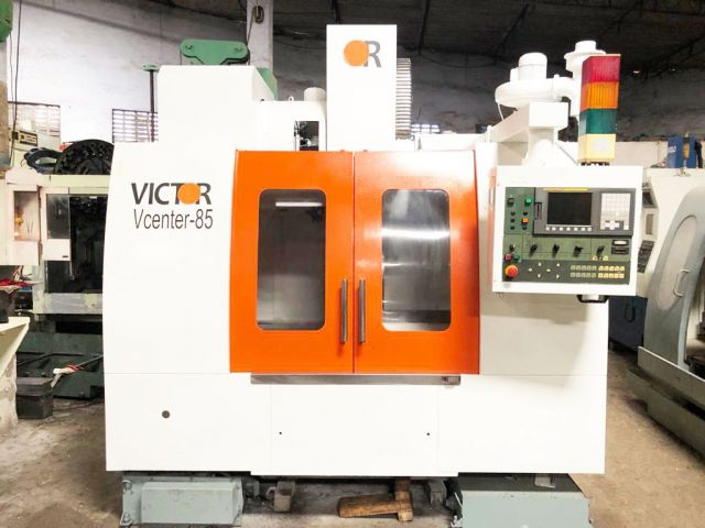 CNC Vertical Machining Center 0906 VICTOR TAIWAN VCENTRE 85 2007