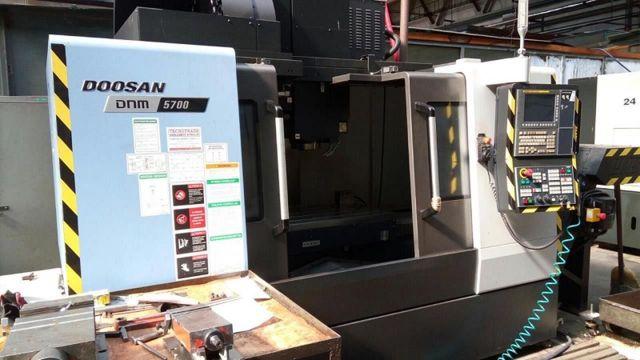 CNC Vertical Machining Center DOOSAN DNM 5700 2016