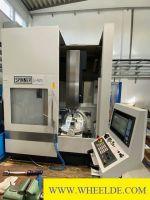 CNC máquina de dobrar 5 ACHSEN  ARBEITSZENTRUM Spinner U5 620 K 5 ACHSEN  ARBEITSZENTRUM Spinner U5 620 K