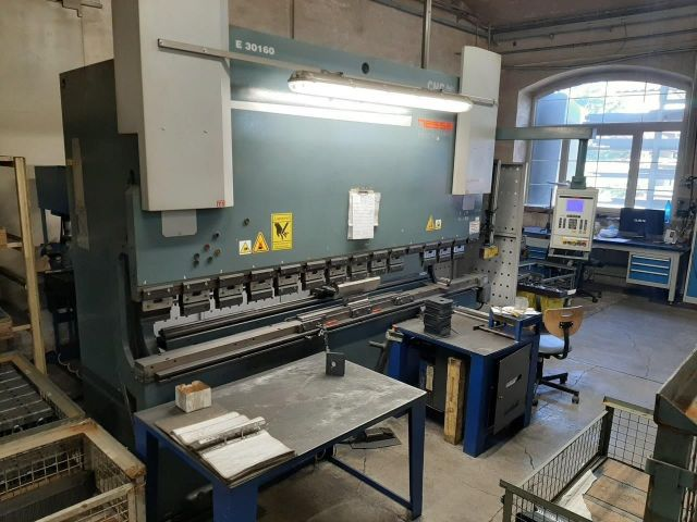 CNC Hydraulic Press Brake HESSE E 30160 2009