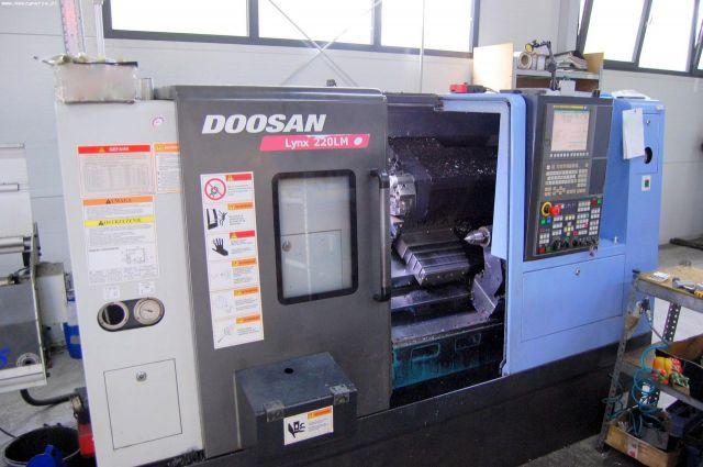Torno automático CNC DOOSAN LYNX 220 LMA 2014