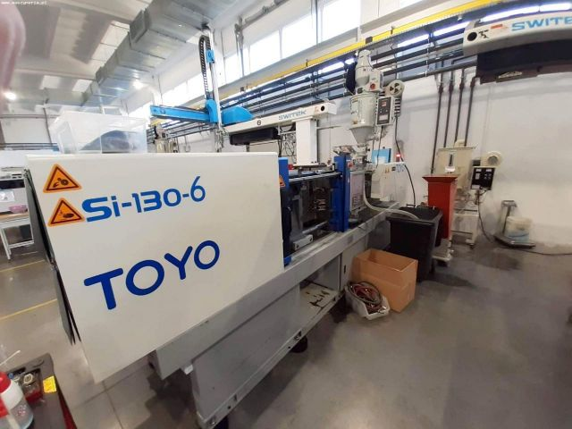 Plastics Injection Molding Machine TOYO SI-130-6 Z ROBOTEM SWITEK 2016