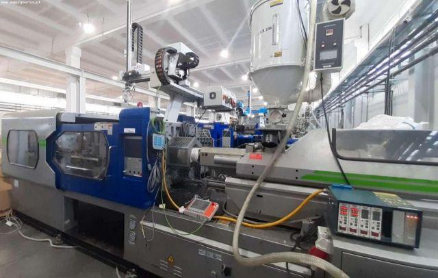 Kunststof spuitgietmachine LIEN YU MACHINERY D.210 Z ROBOTEM 2014