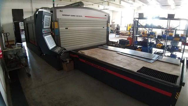 Machine de découpe laser 2D NESSAP Gama 3015/FL 2014