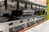 Prensa plegadora hidráulica CNC AMADA HFT 50-20 2007-Foto 3