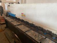 Hydraulisk giljotin skjær Accurl QC12Y-4x3200