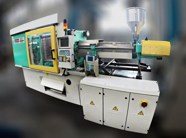 Plastics Injection Molding Machine ARBURG 570 C 2000-675 1999