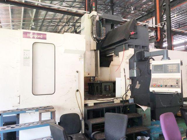 CNC Vertical Machining Center HM 0437 HARTFORD TAIWAN HB-3210 2010