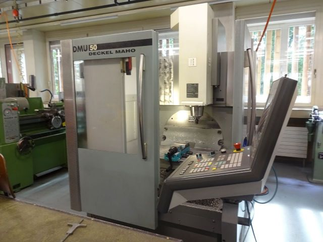 Centro de mecanizado vertical CNC DECKEL MAHO DMU 50 2005