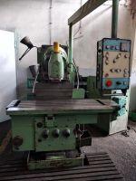 Universal Milling Machine TOS Kurim FGS 32/40