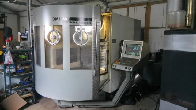 CNC Vertical Machining Center DECKEL Maho DMU 60T 2001