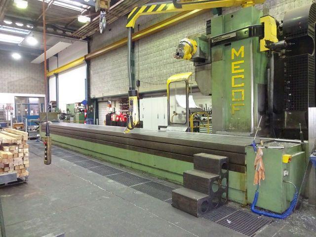 CNC freesmachine MECOF CS 140 2000
