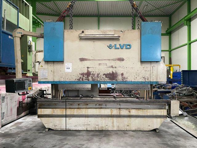 CNC kantbank LVD PPEB 220/40 1994