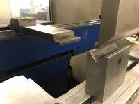 CNC hydraulický ohraňovací lis TRUMPF TrumaBend V85 2000-Fotografie 5