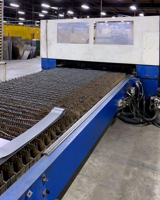 2D Laser BYSTRONIC Trumatic L3030 2000