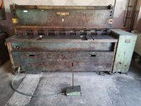 Cisaille guillotine hydraulique PIESOK NTE 2500/4