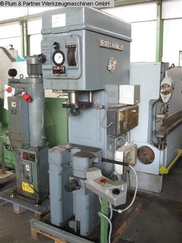 C Frame Hydraulic Press BECKER VAN HUELLER OK 10/224 1964