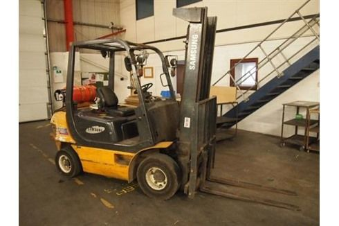 Front Forklift SAMSUNG 2400 KGS 1997