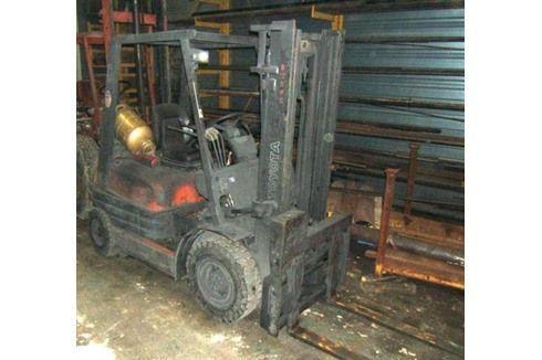 Front Forklift TOYOTA 426 FGF 20 1995