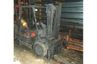 Front Forklift TOYOTA 426 FGF 20