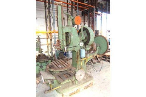 Máquina de entalho verticais S M 200 1971