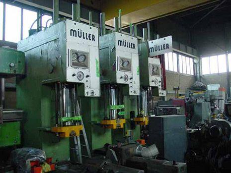 C Frame Hydraulic Press Müller CAZ 40 1984