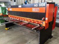 Cesoia a ghigliottina idraulica SCHIAVI AG 3004