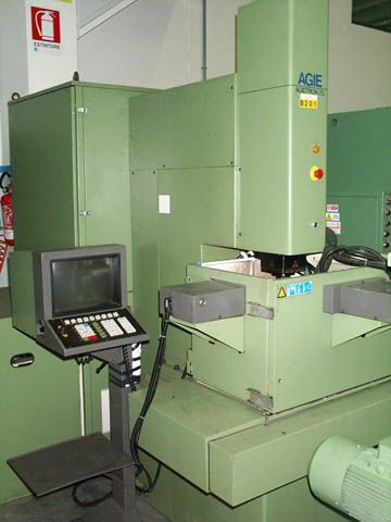 Sinker Electrical Discharge Machine AGIE AT-2 U 1988