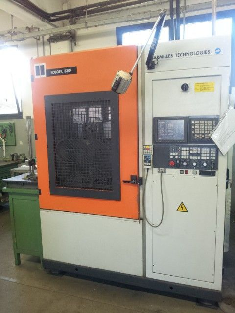 Wire Electrical Discharge Machine CHARMILLES ROBOFIL 330 1998