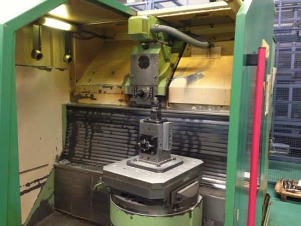 CNC centro de usinagem vertical MAHO MH 700 S 1990