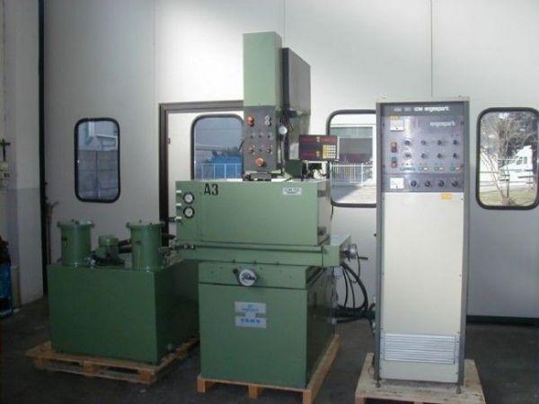 Máquina de electroerosion por penetración ENGESPARK EDM 700 1992