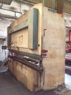 CNC Hydraulic Press Brake LVD PPBL-220 1989
