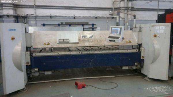 Plieuse de tôle CNC SCHROEDER SPB 3200/3 CNC 2003