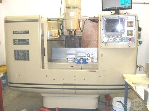 CNC centro de usinagem vertical MILLTRONICS PARTNER 1 1996