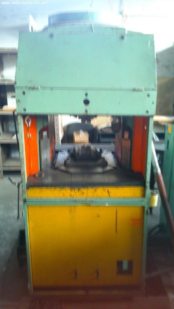 Maszyna wytrzymałościowa STANKOIMPORT P 7640 1990