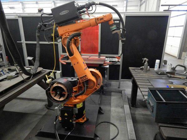 Robot spawalniczy KUKA KR 6/2 2000